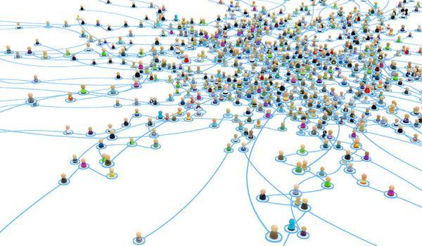 Cartoon Crowd Links, Layered System